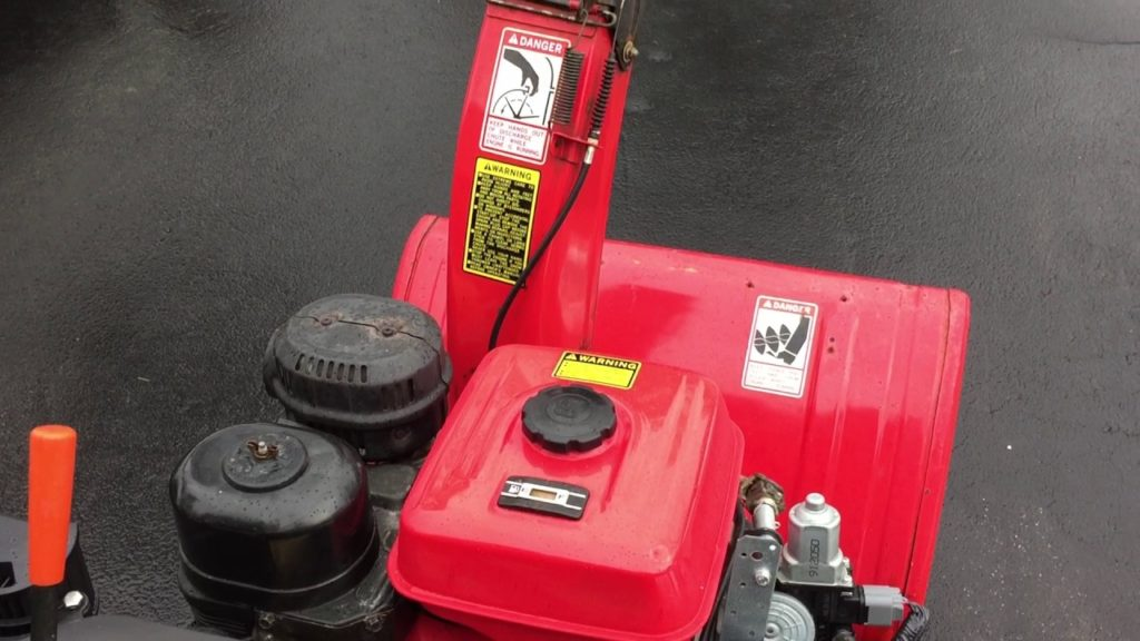 How to drain gas from snowblower