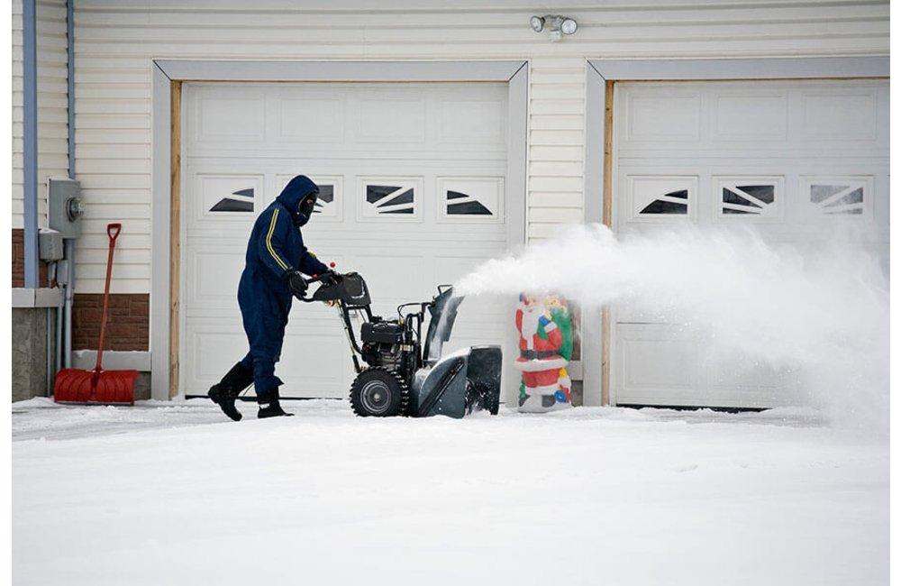 Snowblower for wet snow