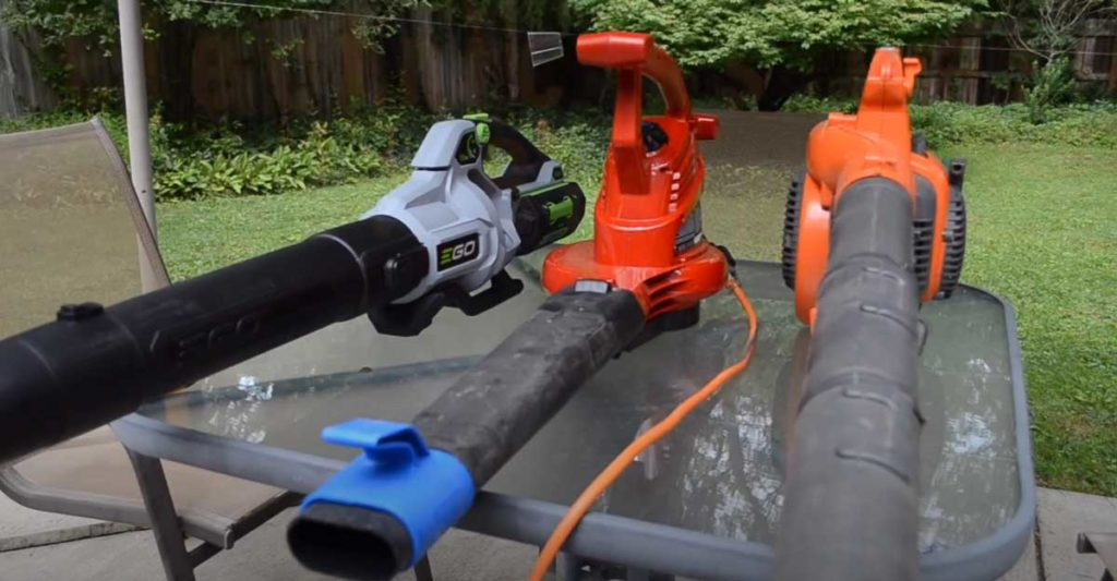 gas-vs-electric-leaf blower